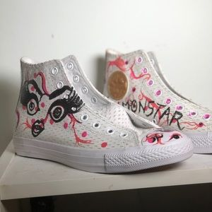 GLAMONSTAR ™ Custom hand painted converse sneakers